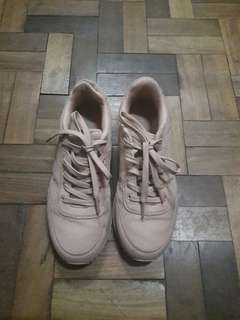 Pull and Bear Salmon-Colored Sneakers