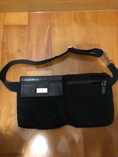 Gucci - waist purse