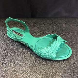 🚚 Melissa 香香鞋 巴西尺寸36,37(Mel 立體花飾露指夾腳涼鞋-草綠色)