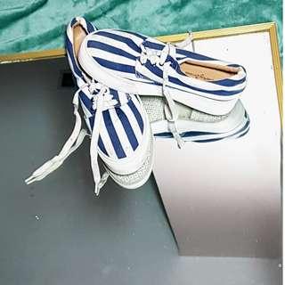 Zalora stripe platform sneakers