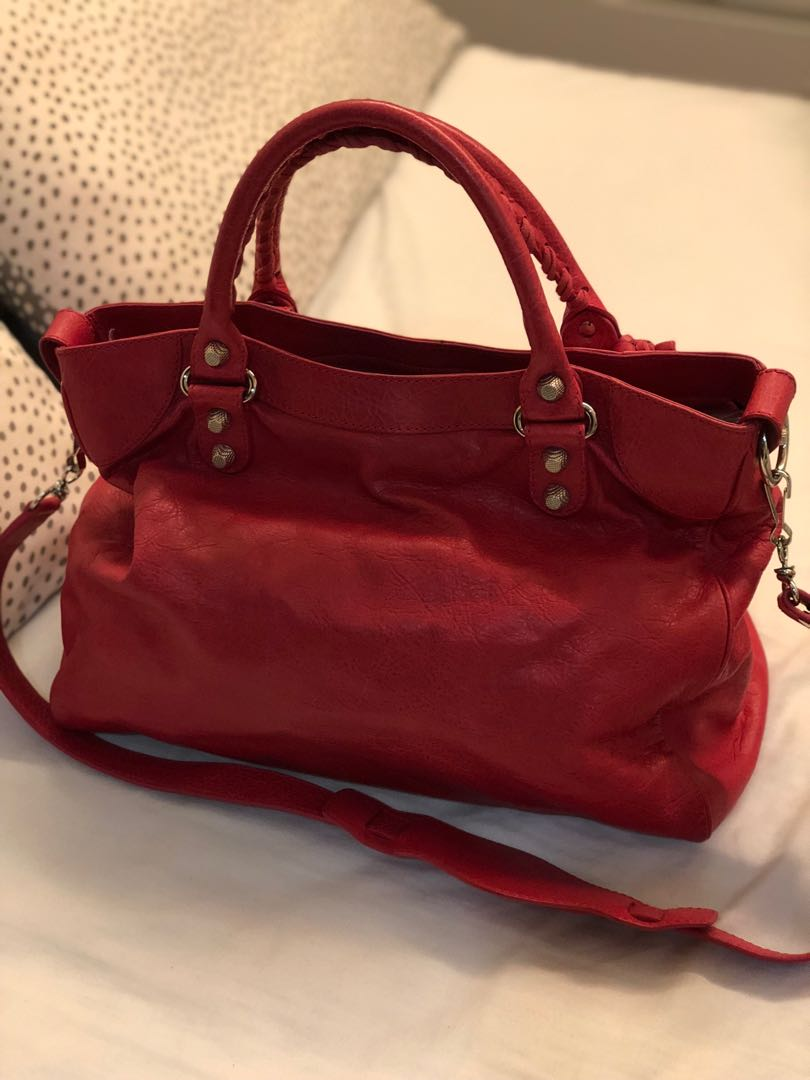 3cfdbd19b4 Balenciaga bag - hardly used, not more than 8 times, Luxury, Bags &  Wallets, Handbags on Carousell