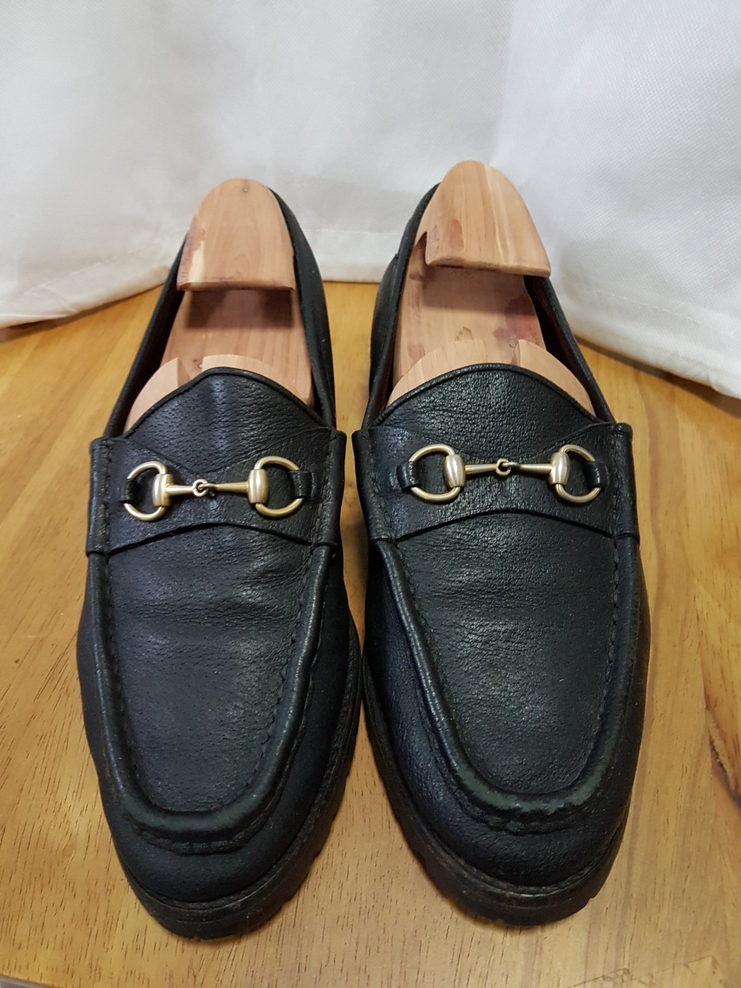 90fa67e9c Authentic Gucci loafer black vintage sz 8 US, Men's Fashion ...