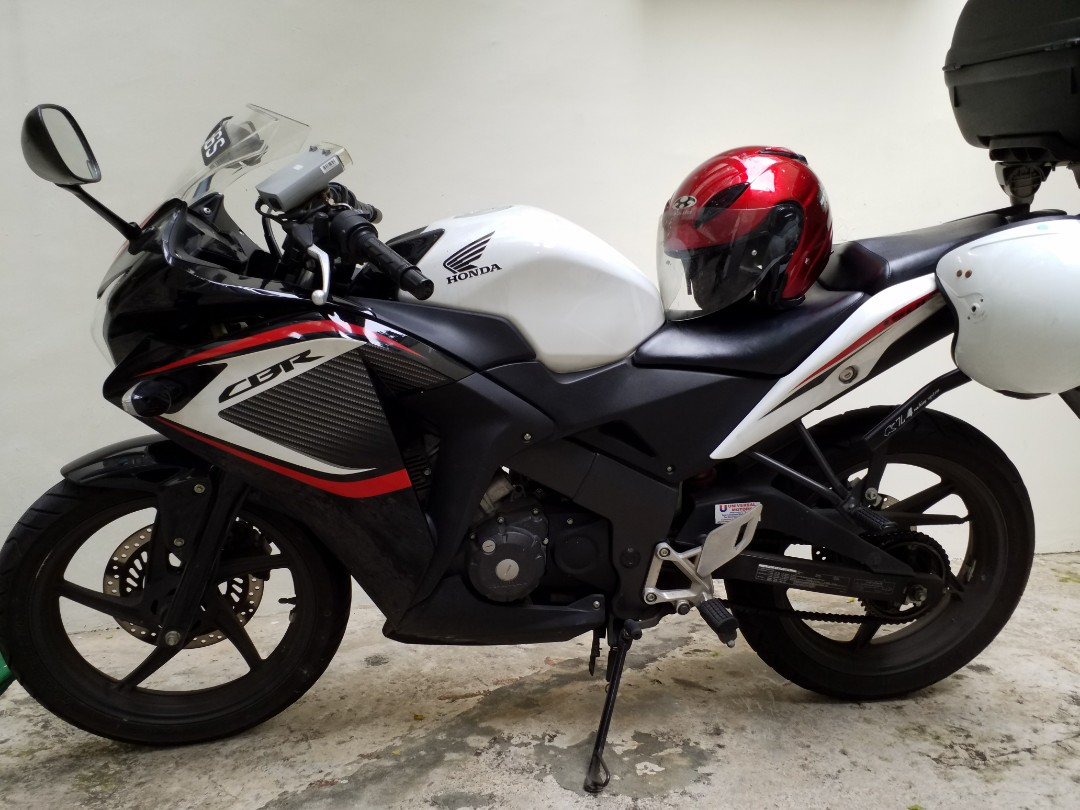 Honda Cbr 150r Motorbikes Motorbikes For Sale Class 2 On Carousell