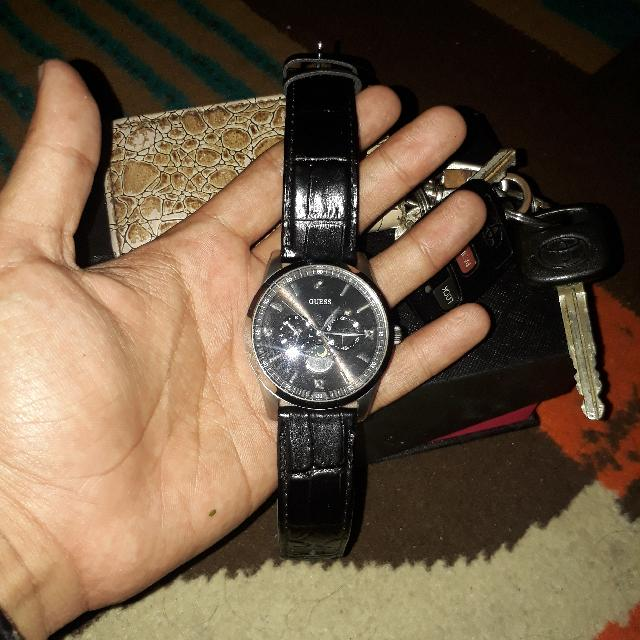 Jam Tangan Guess Stainless Silver-leather-black-brown tipe W0879G1