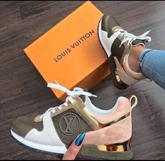 5b6bfbb26f7 Louis Vuitton Sneakers