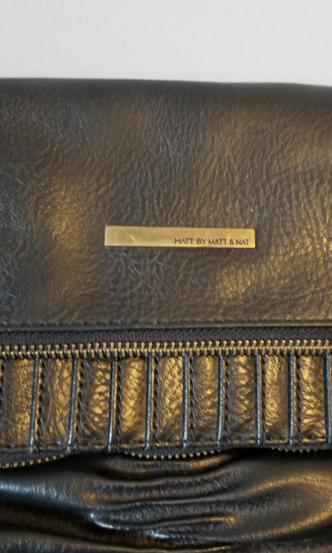 Matt & Nat Black Leather Purse
