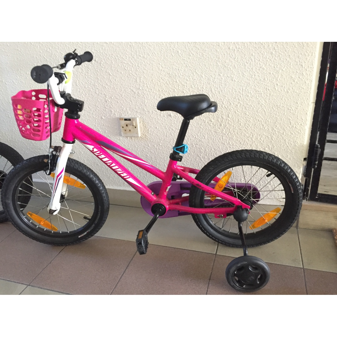 4afb7c2ec8c Pink Specialized hotrock 16' girls bike, Bicycles & PMDs, Bicycles, Others  on Carousell