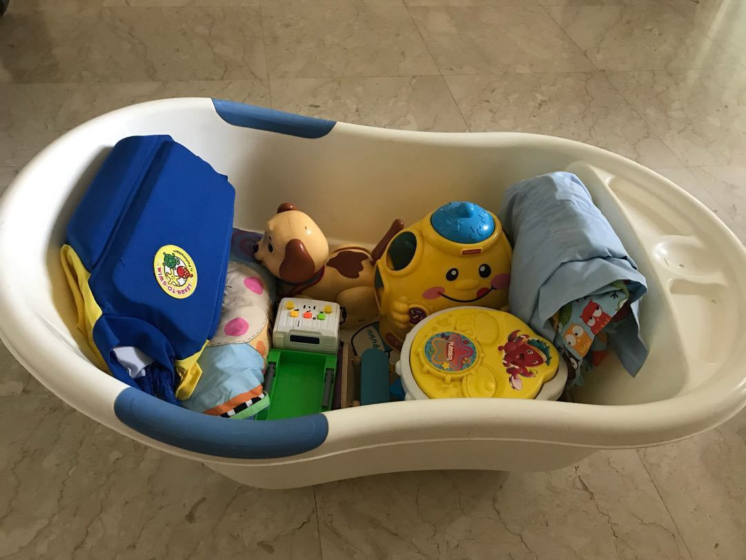 Preloved baby toys, bath tub, and baby sling, Babies & Kids, Toys ...