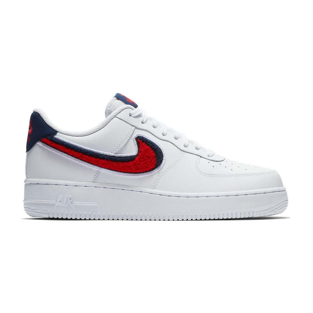 NIKE AIR FORCE 1 Low 3D Chenille Swoosh White Red Blue Size UK 6 US 7 EU 40