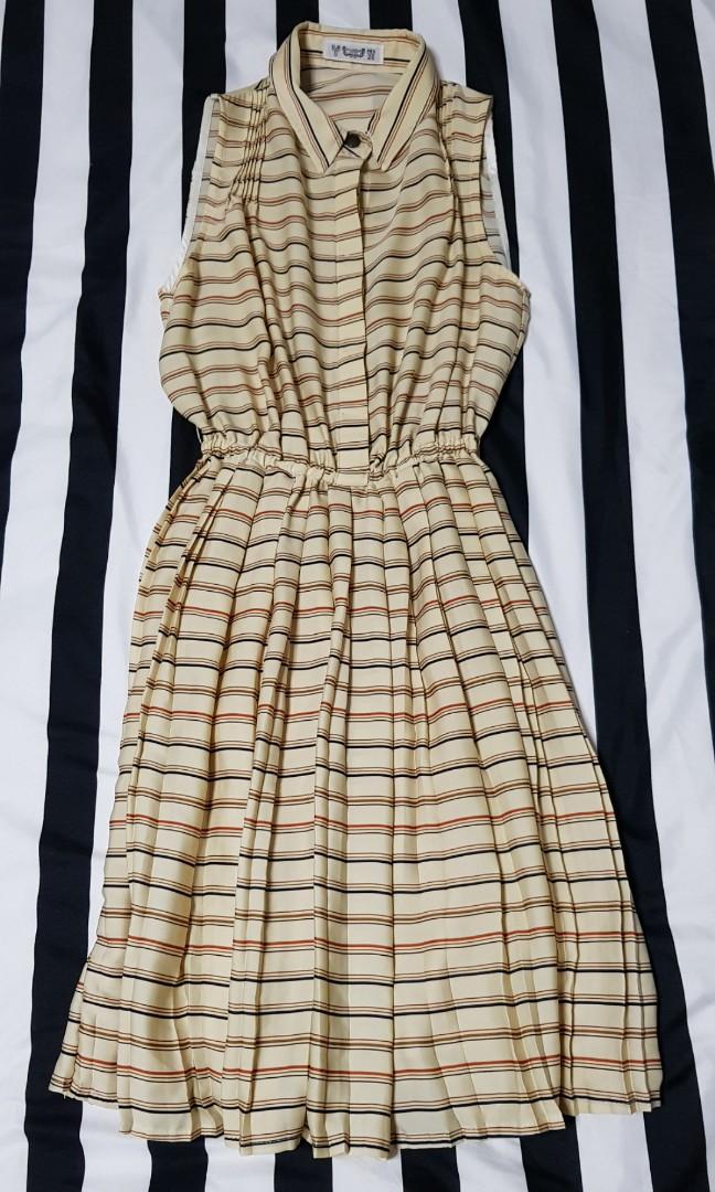 4d37875286 PULL   BEAR Sleeveless Dress