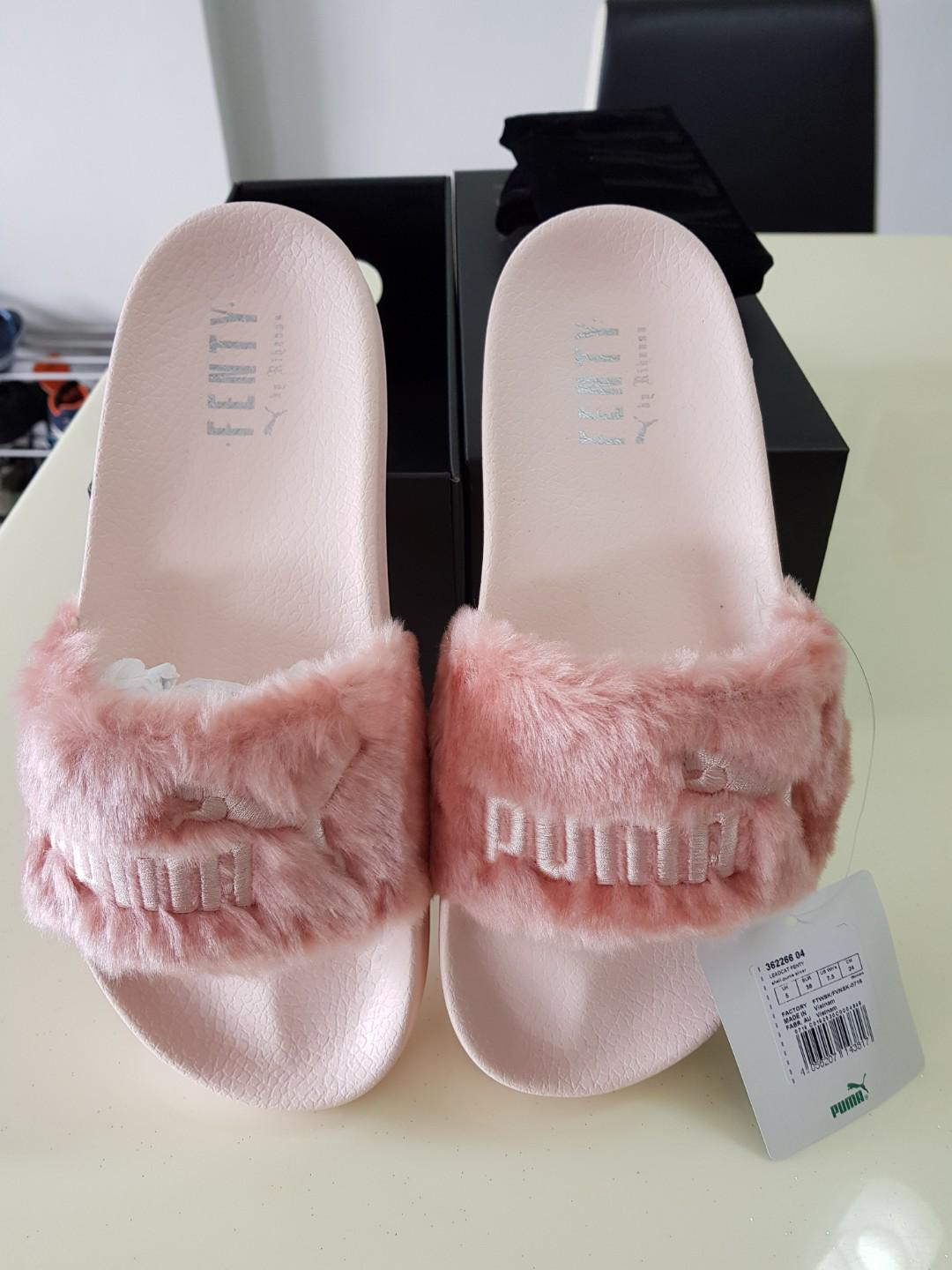 pretty nice 6eac5 0fd0e Puma Fenty Fur Slides (shell pink), Women's Fashion, Shoes ...