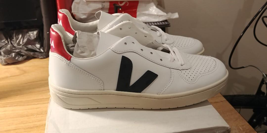 b61ab969e3f5 VEJA V10 Leather Sneaker - Extra White Nautico Pekin