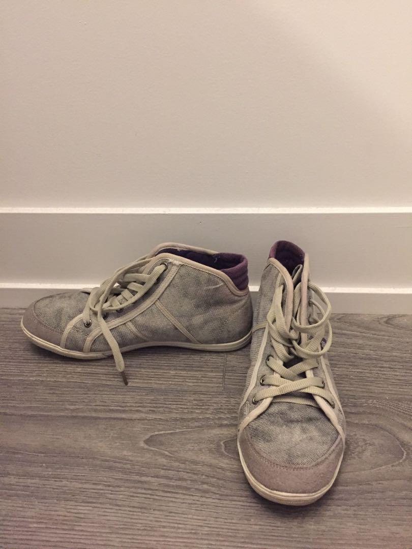 Visoge Grey Canvas Shoes