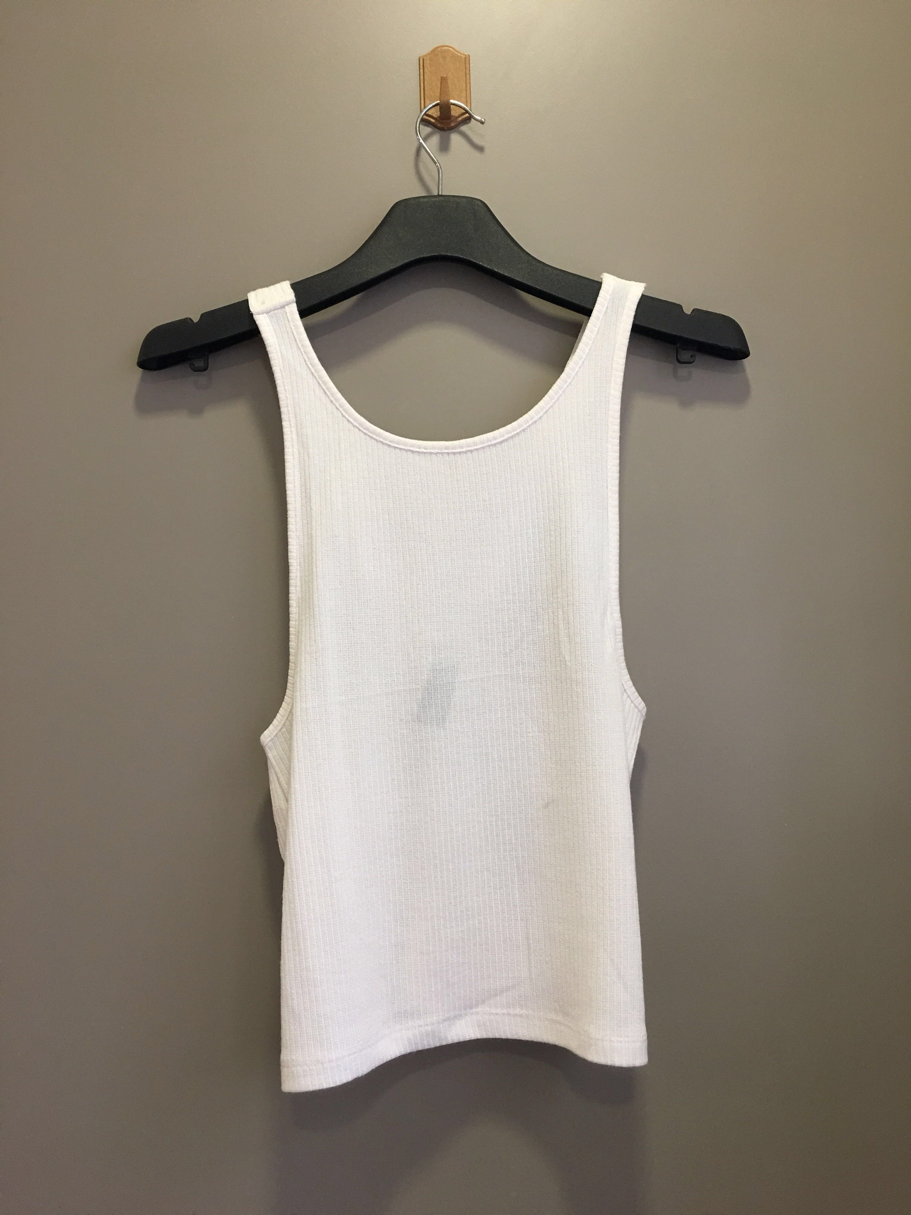 70aece438e4bff White knit revealing top, Women's Fashion, Clothes, Tops on Carousell