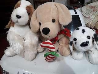 Assorted dog stuff toys