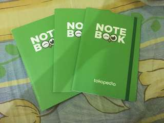 3 buah notebook