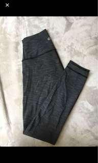 BRAND NEW lululemon leggings