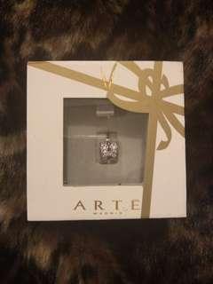 Arte 100% brand new earring