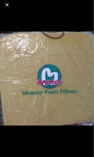 Mattes incline pillow