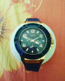 Jam tangan pria ~Guess biru Navy