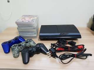 PS3 Slim 250GB with 3 Wireless Controller