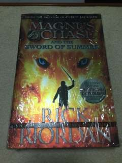 Magnus chase and the sword of summer (In shrink)