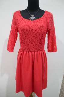Dress Pesta Wanita