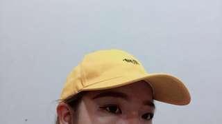 🚚 黃色老帽(只戴過拍照)