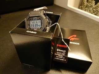 Casio G-shock GB-5600B-1JF Bluetooth smartwatch