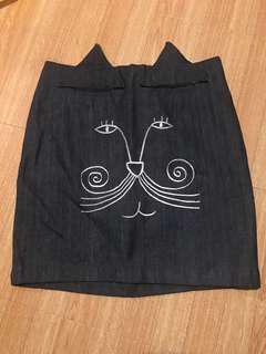 國外帶回刺繡貓咪造型牛仔裙