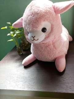 🚚 粉色羊駝娃娃