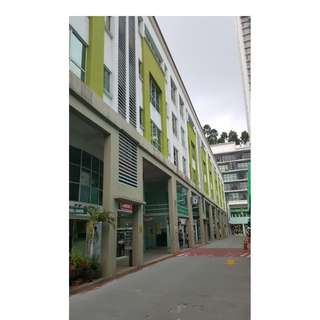 Matured Location PJ JAYA ONE Shopping Mall 2000sqft Office Lot Ready To Move In.