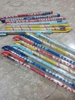 Polka Dot blue pen