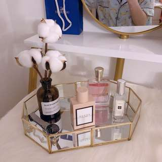 [BRAND NEW INSTOCK] Display Perfume Plate Organizer Gold With Mirror