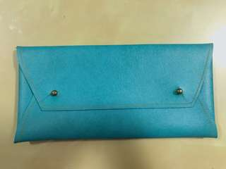 Vintage turquoise clutch