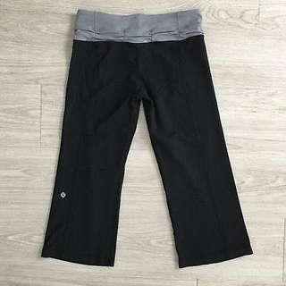 Lululemon reversible cropped leggings size 3