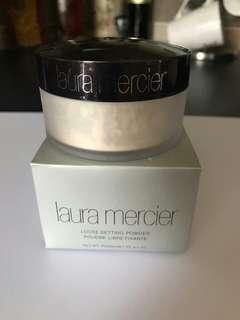 Laura Mercier Translucent Loose Powder
