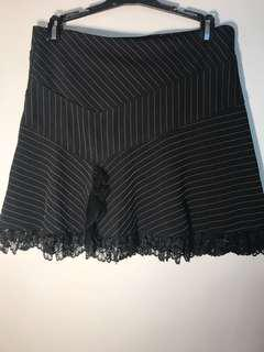 NWT Guess Lace Trim Skirt