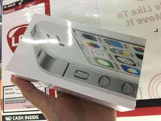 Iphone 4s original sealed!