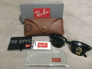 AUTHENTIC RayBan RB3016