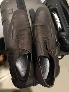 Authentic Gucci Leather Shoes Size 10