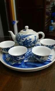 青花花鳥紋茶具一套六件