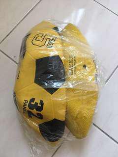 Soccer ball & basketball