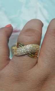18k saudi gold rings size 8 1/2