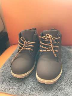 kids shoes brown