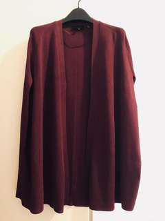 Ted Baker Cape, sz1uk (sz8au), color: Burgundy, new 98%. Very nice and elegant.