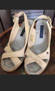 🚚 Tommy 契型涼鞋