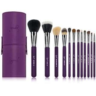 Authentic sigma makeup set