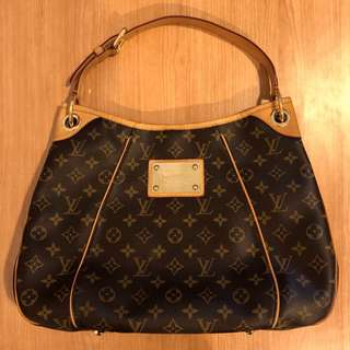 💠Louis Vuitton💠 Monogram Galliera PM Shoulder Bag (100% Authentic)