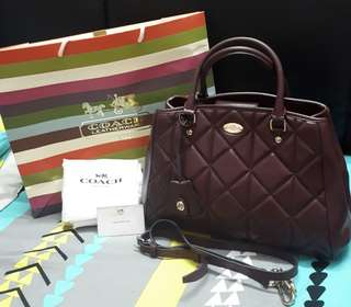 AUTH. COACH MARGOT